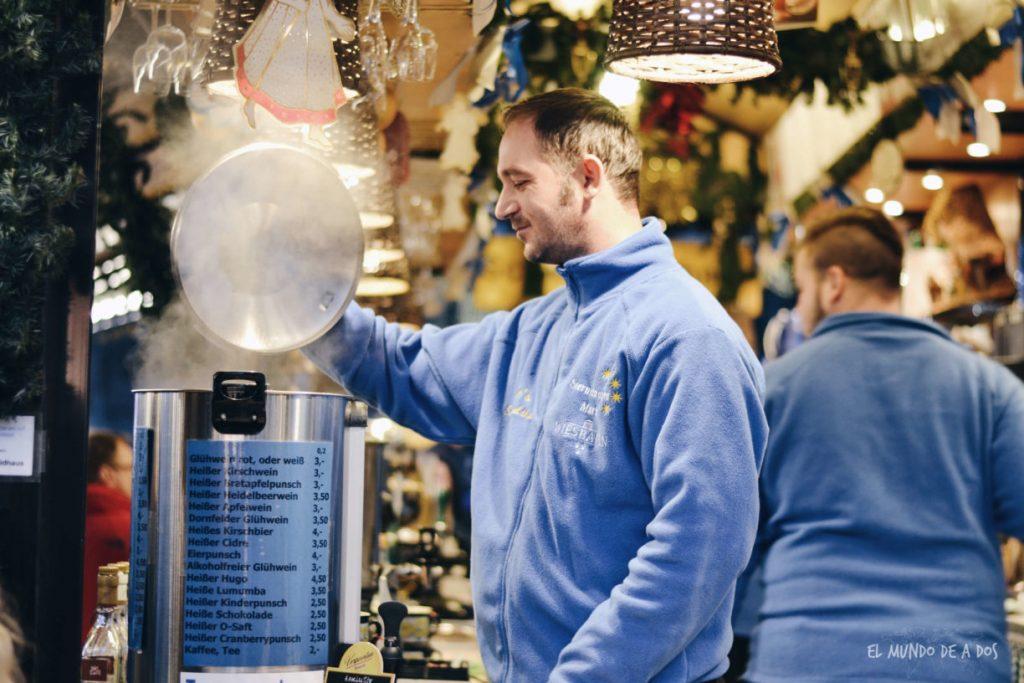 mercados de navidad en alemania. vino caliente