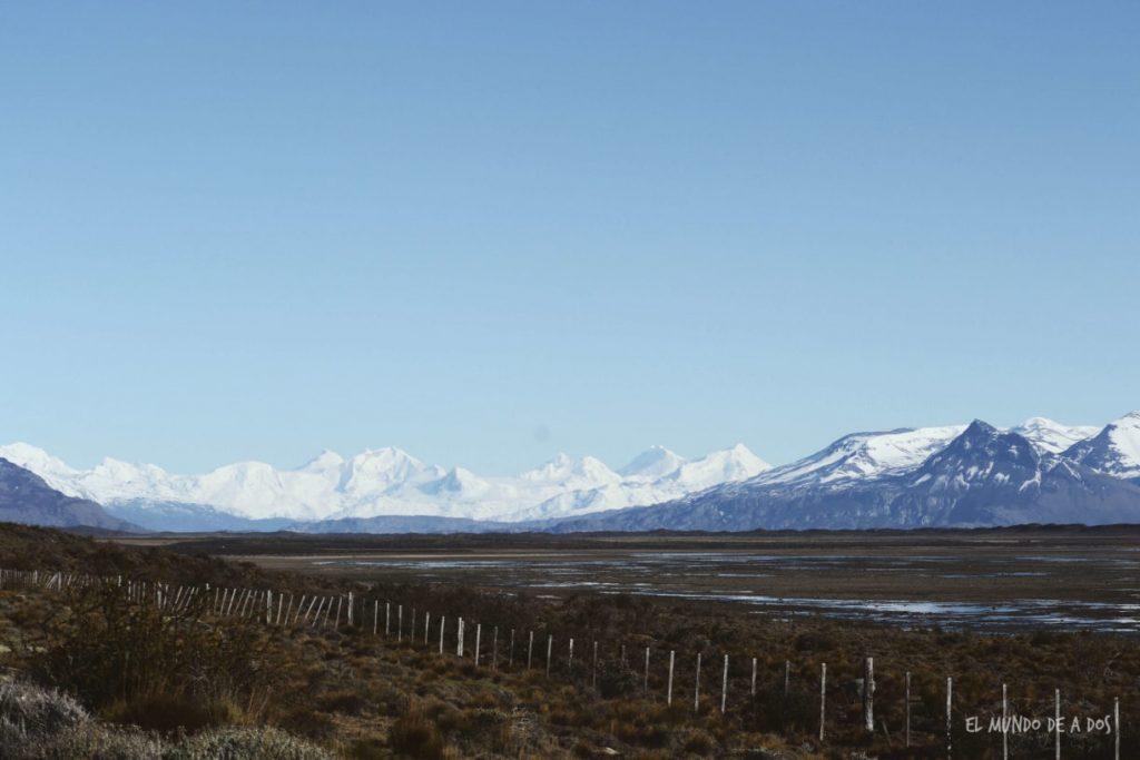 Camino al Glaciar Perito Moreno. Viajar a El Calafate