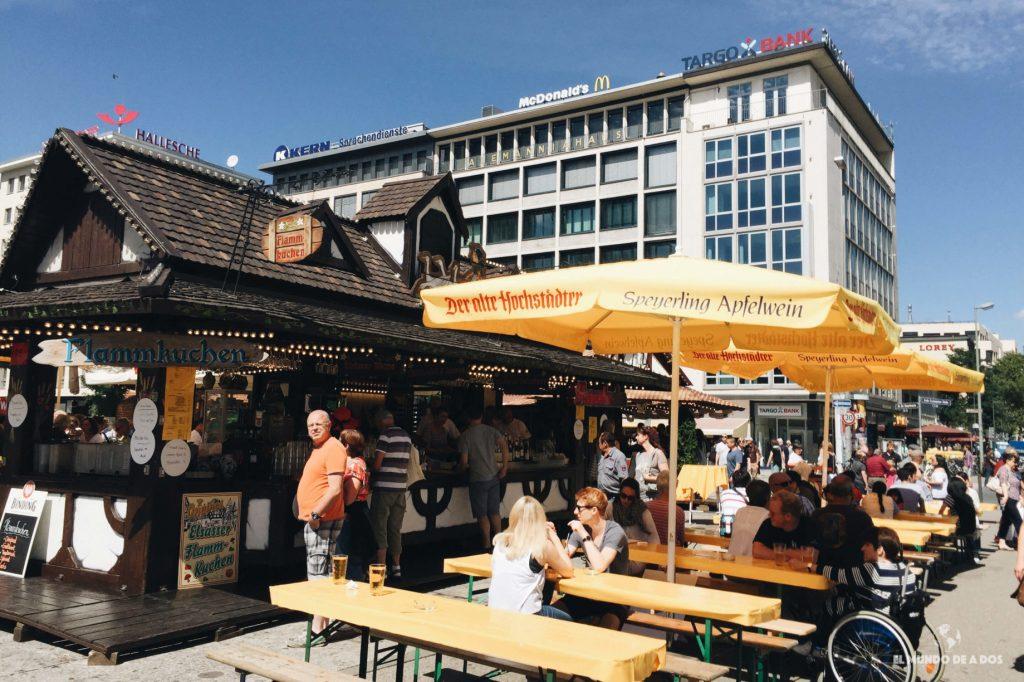Fiesta en Hauptwache. Que ver en Frankfurt