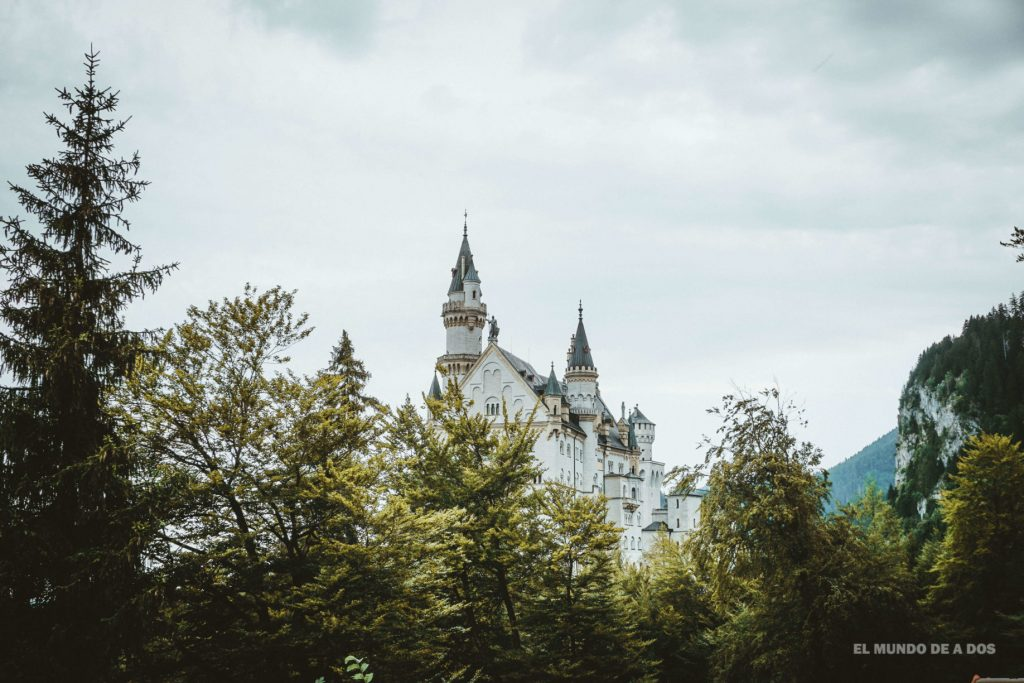 Desde los caminos. Neuschwanstein, castillo del rey loco
