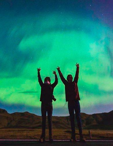 Manu y Joaco de @m.j.fotografia. Fotografiar la Aurora Boreal en Islandia