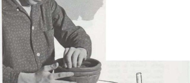 Vasija hecha con rollos de barro