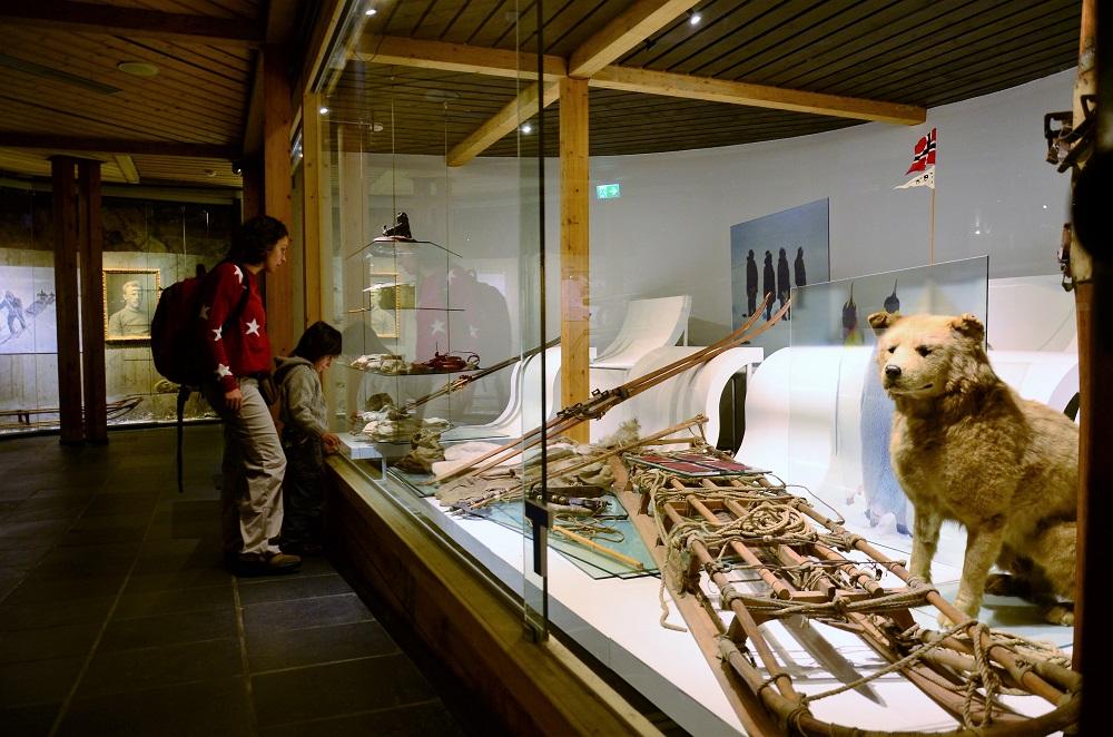 Museos de Oslo - Museo del esquí de Oslo. Los primeros exploradores