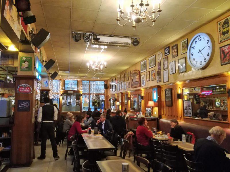 Donde comer barato en Bruselas - Le Corbeau