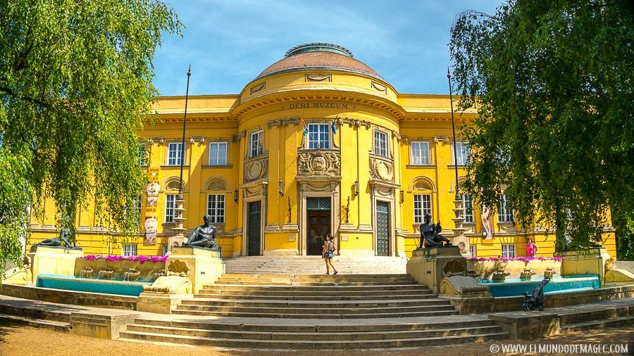 viajar a Hungría - Museo Deri en Debrecen