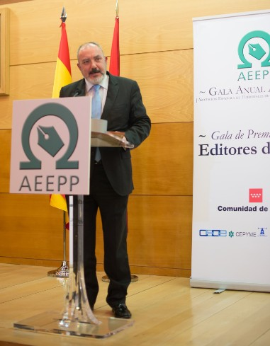 Nuestro Editor-Director, José Luis Barceló, durante la intervención de su agradecimiento.
