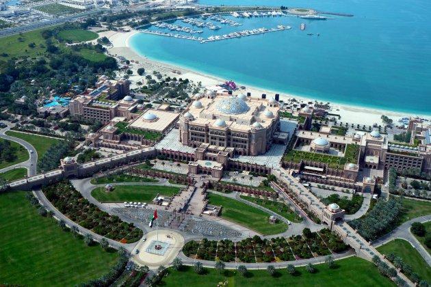 foto hotel Emirates Palace abu dhabi wikimedia