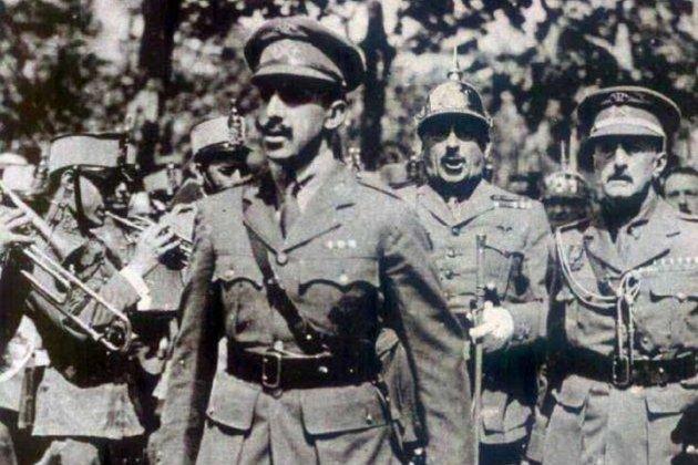 Neix Alfons Sala, president de la Mancomunitat intervinguda. Alfons XIII, Milans del Bosch i Primo de Rivera. Font Arxiu d'El Nacional.