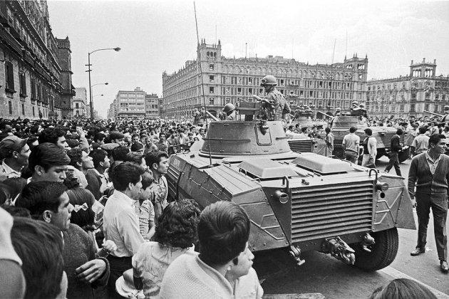 Mèxic 1968 Exèrcit al Zócalo 28 d'agost Cel·lí