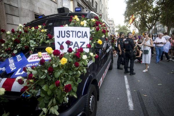 mani atemptat mossos flors - EFE