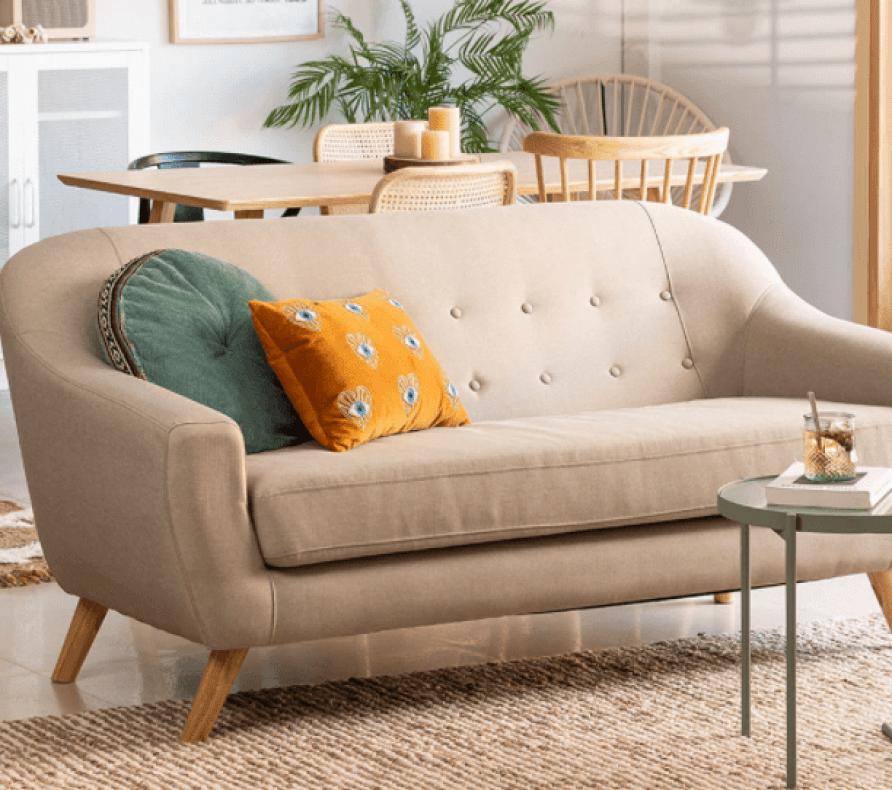 Sofá de 3 plazas en lino y tela de estilo escandinavo modelo AKTIC 264,95 € de SKLUM.