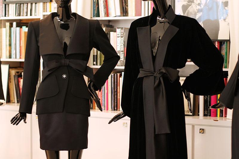 tenues noir