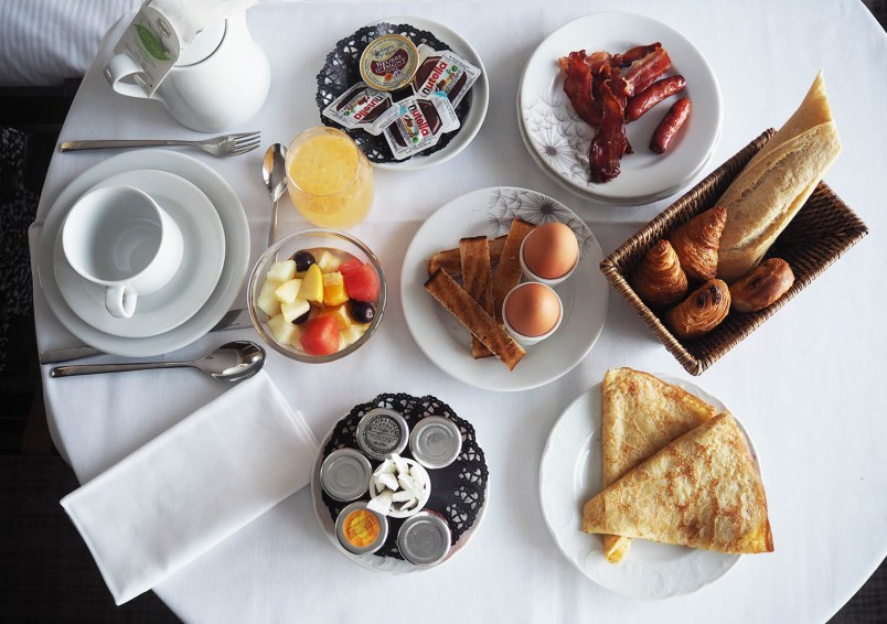 breakfast hotel thalazur île rousse