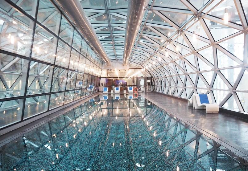 hamad international airport pool