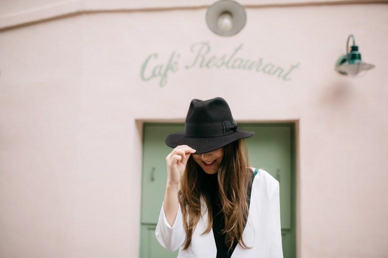 cafe restaurant montmartre