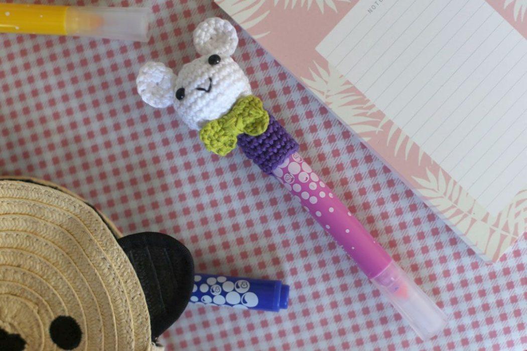150902 crayoncrochetv31 Des crayons bien chapeautés pour la rentrée