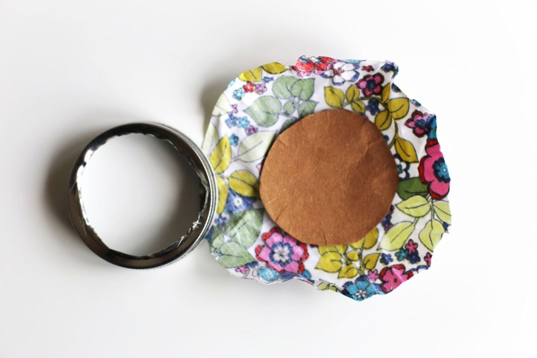 150920 shytmason jar Une mercerie de poche avec un Mini Mason Jar