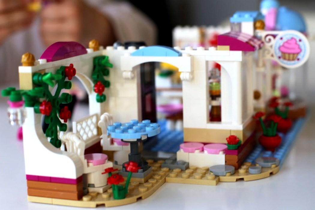 160425 legofriends cucpcake boutique 3 Ca casse les briques : Le cupcake Café d'Heartlake City Legofriends