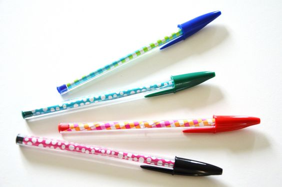 160819 crayon stylo bille customise rentree scolaire Des crayons bien chapeautés pour la rentrée