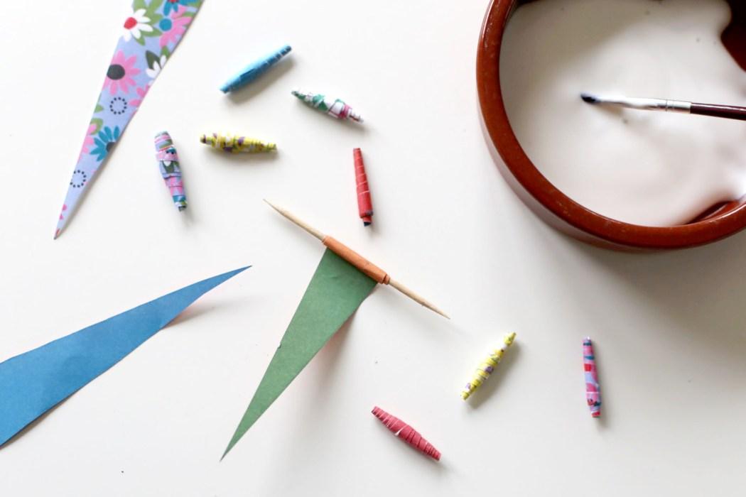 170202 upcycling collier en papier Un collier en papier tout coloré