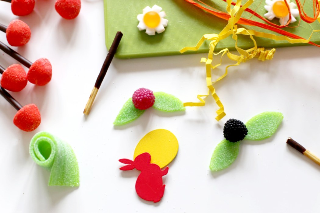 170315 bonbons fleurs gateau jardinier Le gâteau jardinier (pour se préparer à accueillir le lapin de Pâques)