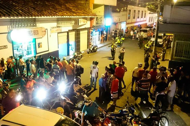 Tiroteo deja dos personas muertas y ocho más heridas en un bar de Buga