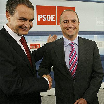 ZP y Sebastián, vaya dos patas para un banco...