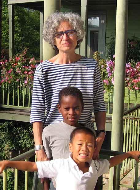 La pediatra y experta en medicina de la adopción, Jane Aronson