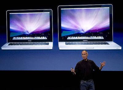 La salud de Jobs. Tras los últimos rumores, el 'boss' de Apple ha querido demostrar que su corazón está bien.