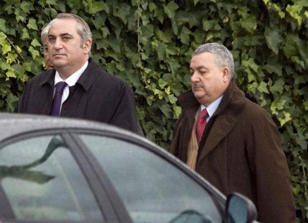 ETA asesina a Ignacio Uria - Llegada de los compañeros