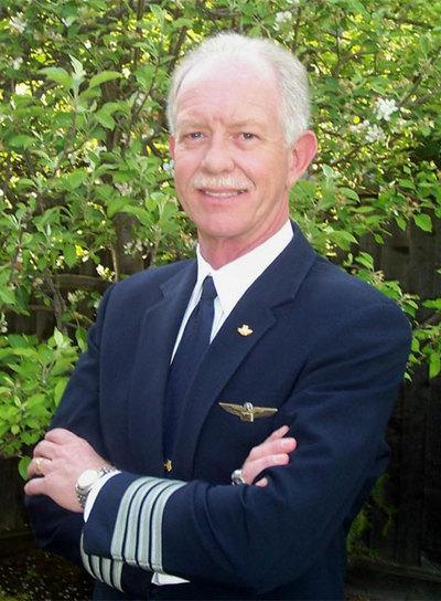 https://i1.wp.com/www.elpais.com/recorte/20090116elpepuint_9/LCO340/Ies/Sully_heroe_avion_Hudson.jpg