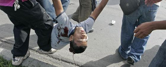 El golpe de Honduras se tiñe de sangre