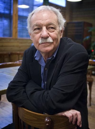 Eduardo Mendoza, escritor