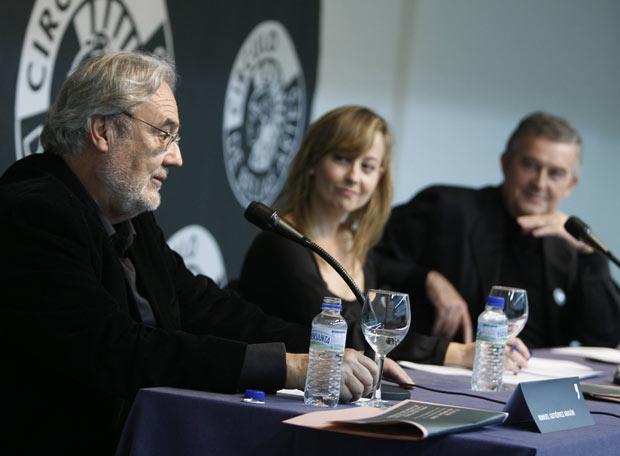 Manuel Gutiérrez Aragón, debate sobre Buñuel,  en el Círculo de Bellas Artes