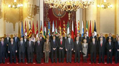https://i1.wp.com/www.elpais.com/recorte/20091215elpepunac_2/LCO340/Ies/Conferencia_Presidentes.jpg