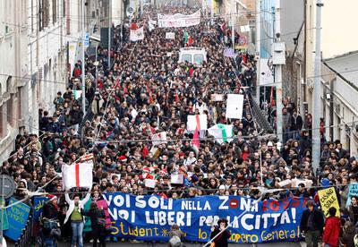 Marcha estudiantil en Italia