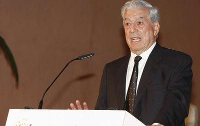Mario Vargas Llosa in Thyssen-Bornemisza Museum