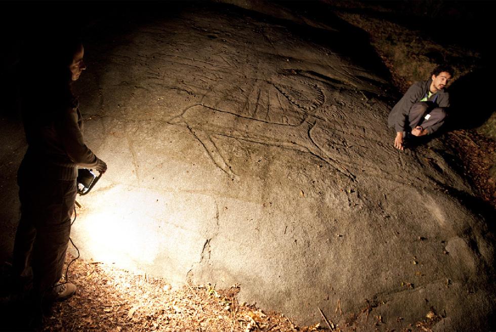 Visitas nocturnas al parque arqueológico de Campo Lameiro