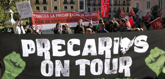 Manifestantes, día 8 de noviembre, en el Ministerio de Cultura.