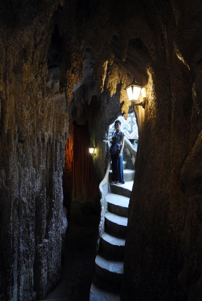 Dalat Casa Loca Caves
