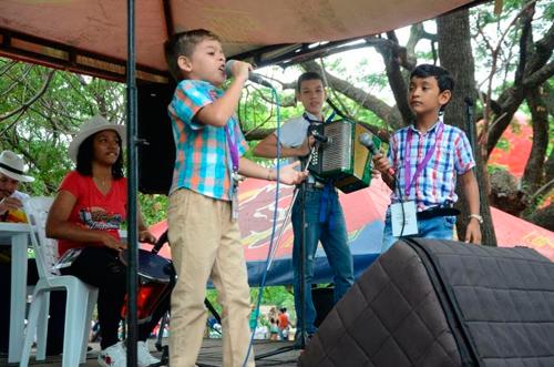 Julián Mojica, es el nuevo Rey de Acordeoneros Profesionales del Festival Vallenato