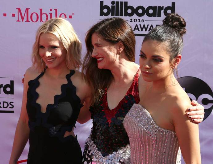 Kristen Bell, Kathryn-Hahn y Mila_kunis