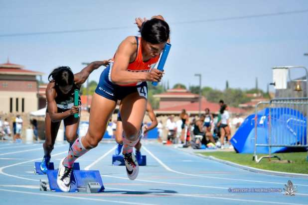Izzie Ramsay prepares for the 4x100 Women's Final at 2017 CUSA Track and field meet, Finals Kidd Field El Paso Texas