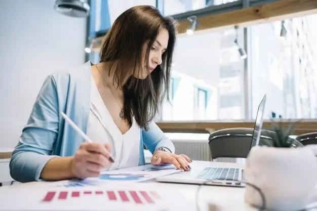 Lavorare ad una scrivania: consigli per la chiropratica 4