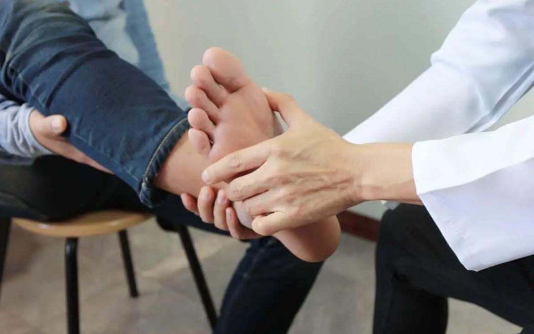 Sintomi di caduta del piede e sciatica
