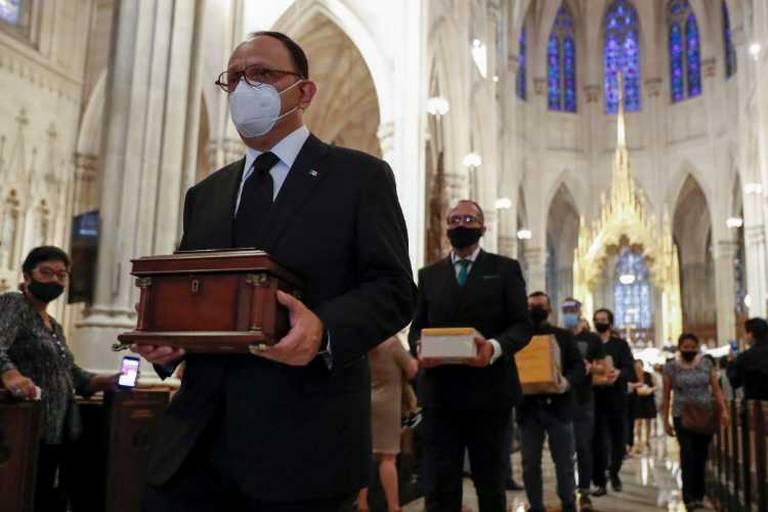 Repatrían cenizas de 250 mexicanos fallecidos en EEUU por coronavirus
