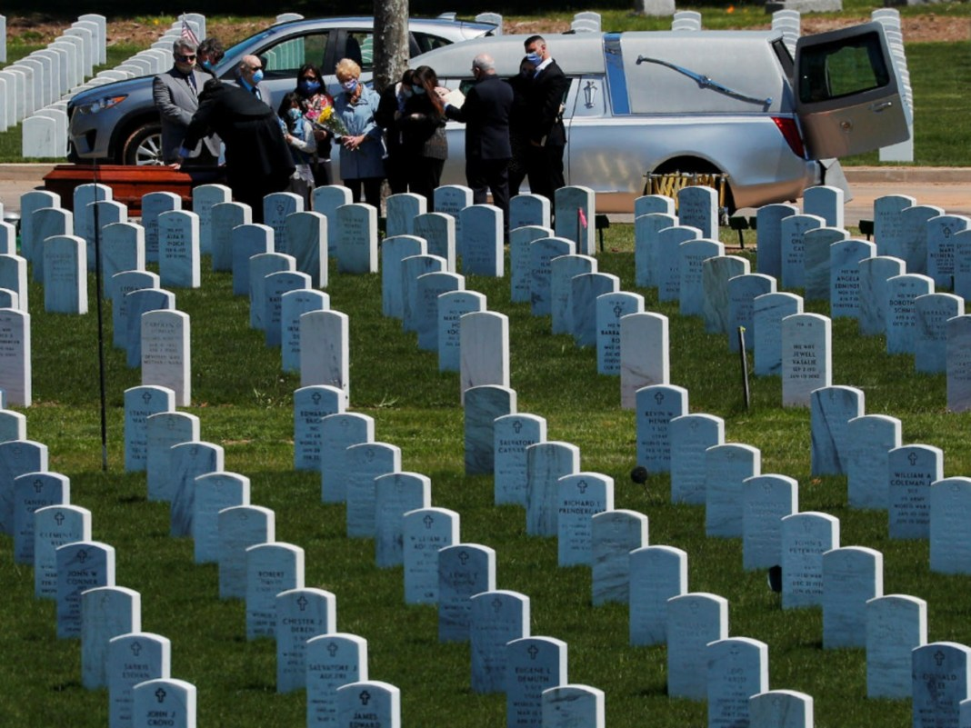 Estados Unidos 158.375 muertos