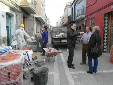 Actuación higiénico-sanitaria en una vivienda de la C/San Pascual. Foto: EPDA.