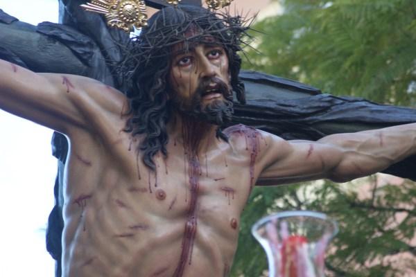 A PIE DE PASO: «El Cristo de la Sed llegando a San Miguel»