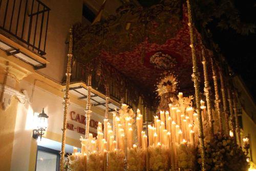 A PIE DE PASO: «La Virgen del Desamparo en calle Ancha»